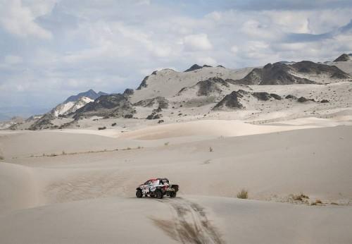 Aksi Bernhard Ten Brinke di S11 Dakar Rally 2018. Dakar