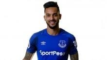 Ini Alasan Walcott Gabung Everton