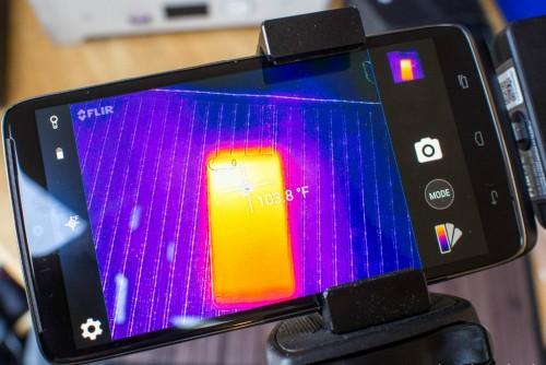Berikut cara menghadapi smartphone dengan suhu tinggi.