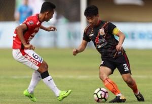 Dramatis, <i>Hattrick</i> Lilipaly Bawa Bali United Tundukkan Borneo