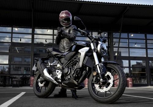 Honda CB300R dengan konsep Neo Sport Cafe hadir di Thailand. AP