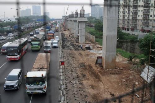 LRT  Antara Risky Andrianto.