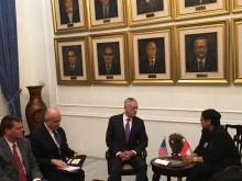 Kunjungan Menhan AS dan Kaitan Modernisasi Alusista RI