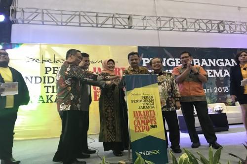 Pembukaan Pekan Pendidikan Tinggi Jakarta di JI Expo, Senin, 22