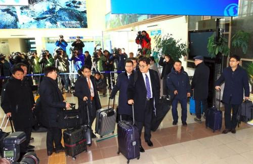 Delegasi Korea Selatan (Korsel) tiba di zona demiliterisasi