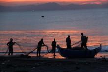 Nelayan Bali Telah Lama Pakai Jaring Ramah Lingkungan