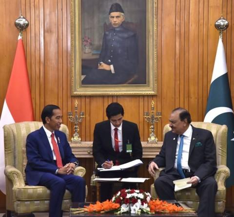 Jokowi Bahas Dukungan untuk Palestina dengan PM Pakistan