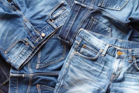 Umur Berapa Sebaiknya Mulai Berhenti Memakai Celana Jins?