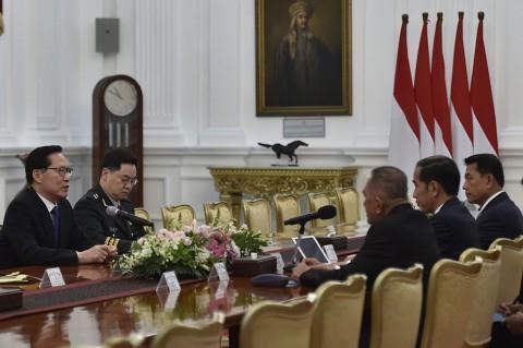 Jokowi Bertemu Menhan Korsel Bahas Kerja Sama Pertahanan