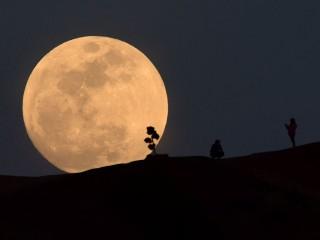 Pukul 20.30 WIB, Saat Tepat Nikmati Gerhana Bulan Total