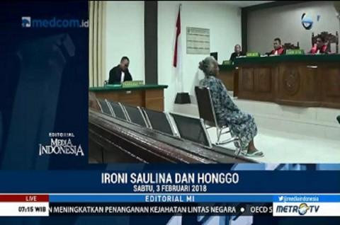 Ironi Saulina dan Honggo
