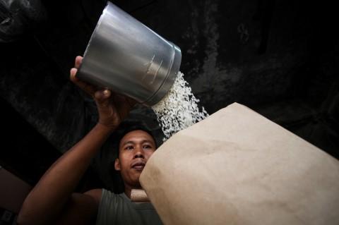 Disambangi Sandi, Pedagang Keluhkan Harga Beras Masih Mahal