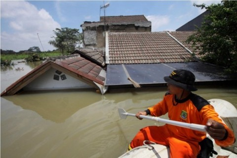 Antisipasi Banjir dan Longsor Pemkot Tangerang Bentuk Tim Siaga