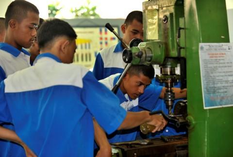 Indonesia Diharapkan Terapkan Subsidi Upah seperti Singapura