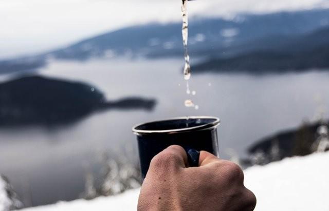 Tanda Anda Terlalu Banyak Minum Air Putih