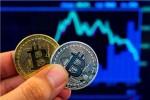 Harga Anjlok, BI Ingatkan Bahaya Investasi di Bitcoin