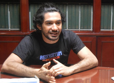 Reza Rahadian Tegaskan Benyamin Biang Kerok Bukan Film Biopik