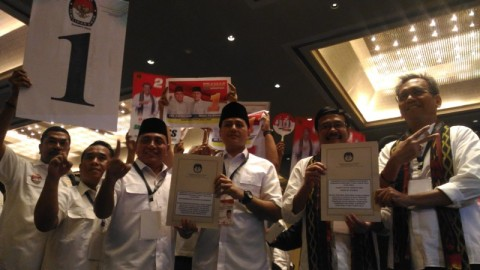 Pasangan Edy Rahmayadi-Musa Rajekshah (Eramas) dan Djarot Saiful