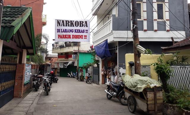Kampung Boncos, Jakarta Barat. Foto: MTVN/Sunnaholomi Halakrispen.