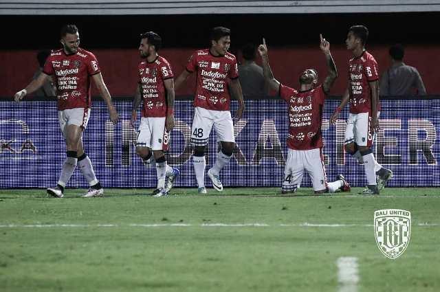 Para pemain Bali United merayakan gol yang dicetak Demerson. (Foto: Instagram/Bali United)