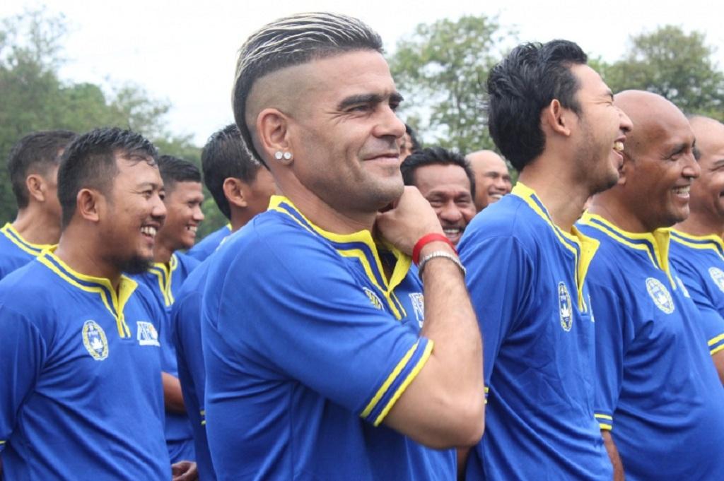 Cristian Gonzales sedang mengikuti lisensi kepelatihan AFC C (Foto: pssi.org)