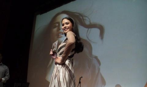 Jadi Produser Album Sendiri, Maudy Ayunda Ingin Produseri Penyanyi Lain
