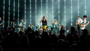 Promotor Bersyukur Paramore Tak Ajukan Riders 'Aneh-Aneh'
