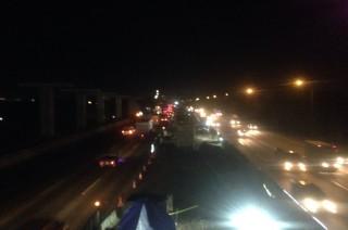Malam Ini, Jalur Tol Jakarta - Cikampek Lancar