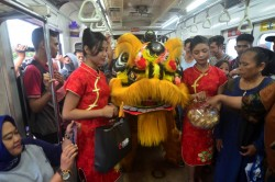 Semarak Imlek di Stasiun Bogor
