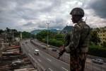 Kekerasan Meningkat, Tentara Brasil Kendalikan Keamanan di Rio