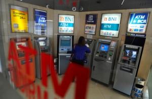 Informasi Agar Berhati-hati di ATM Tertentu adalah Hoaks