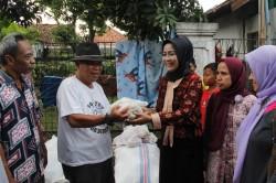 2.000 Paket Sembako Bantuan Banjir Brebes Disalurkan