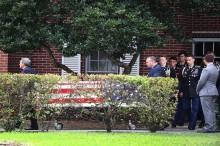 isak Tangis Iringi Pemakaman Korban Penembakan Florida