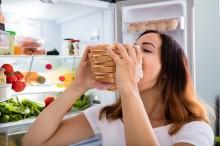 Makan Terlalu Cepat dapat Memicu Obesitas