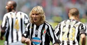 10 Pesepak Bola Hebat Ini tak Pernah Angkat Trofi Liga Champions