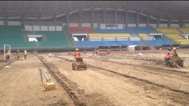 Renovasi Stadion Patriot Candrabhaga, Bekasi. (Medcom/Antonio)