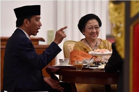 Presiden Joko Widodo dan Ketua Umum PDIP Megawati Soekarnoputri - ANT/Puspa Perwitasari.