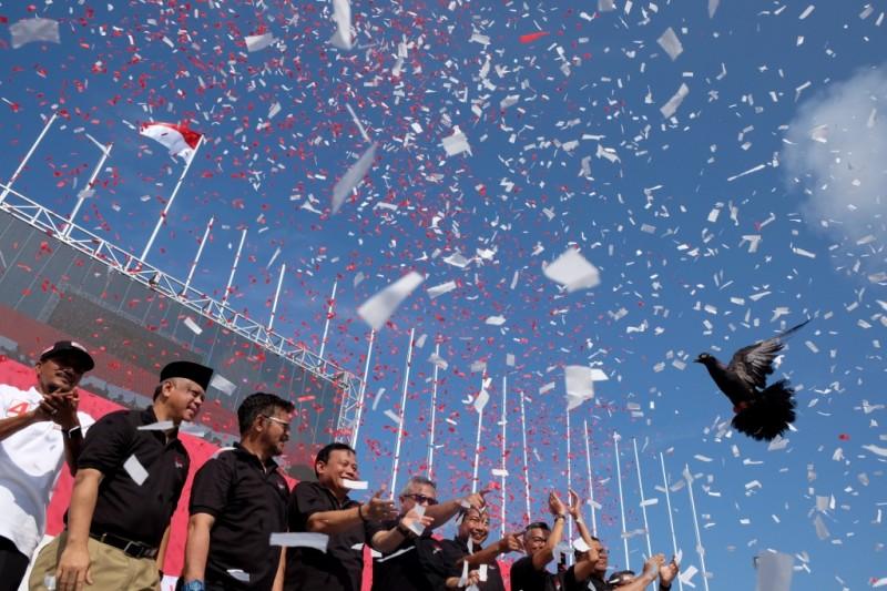ILUSTRASI: Deklarasi Kampanye Damai di Anjungan Pantai Losari, Makassar, Sulawesi Selatan, Minggu (18/2)/ ANTARA FOTO/Sahrul Manda Tikupadang