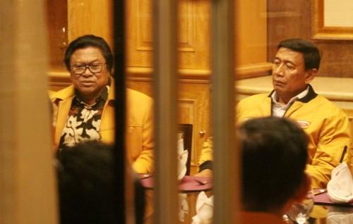 Ketua Umum Partai Hanura Oesman Sapta Odang dan Ketua Dewan