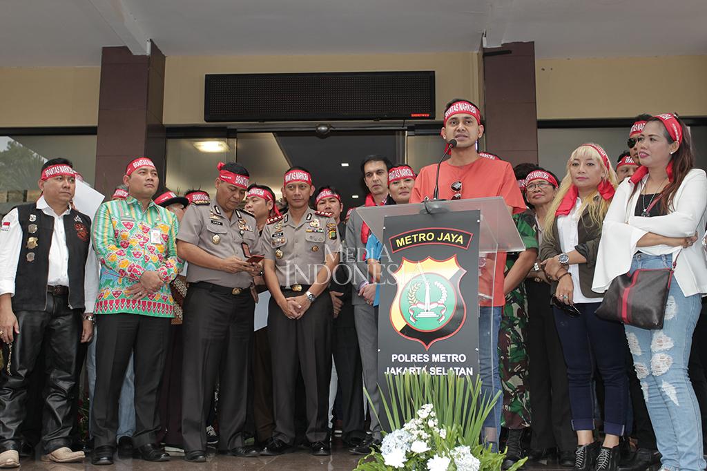 Selebritas Deklarasi Anti Narkoba di Polres Jaksel