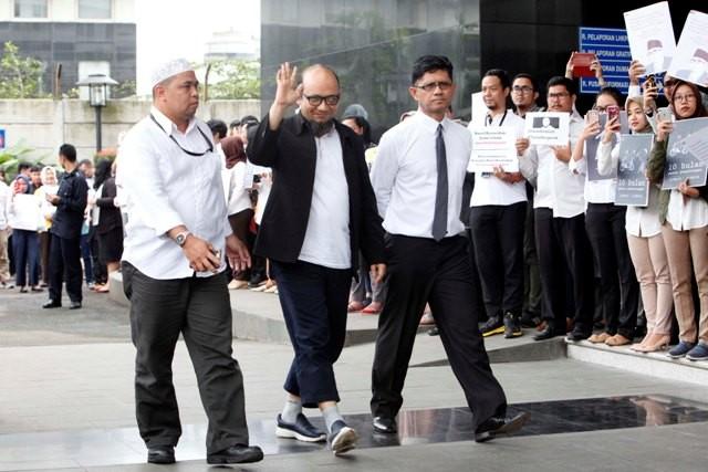 IPW: KPK Perlu Bantu Polisi Tuntaskan Kasus Novel