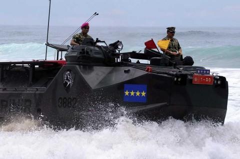 Panglima TNI Jadi Warga Kehormatan Marinir