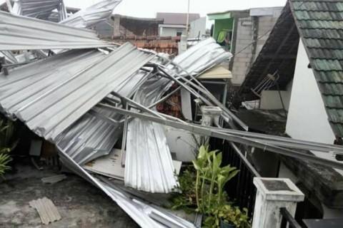 Puluhan Rumah di Sidoarjo Kembali Diterjang Puting Beliung