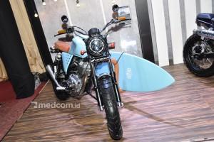 Honda CB150 Verza, Bergaya Surfer Jepang