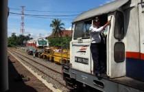 Jalur Kereta Api di Cirebon Sudah Bisa Dilewati