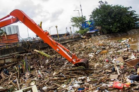 Sandi Ingin Pengelolaan Limbah DKI Mencontoh Jepang