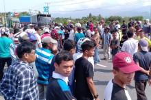 Ribuan Warga Padang Blokade Jalan Bypass karena Masalah Tanah