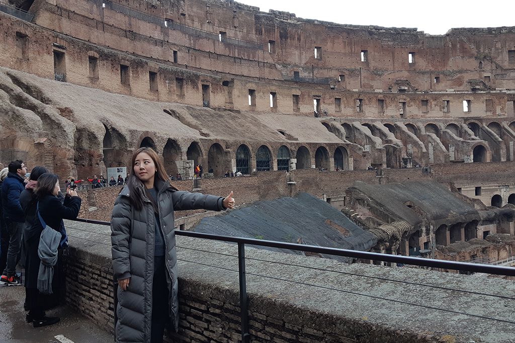 Menengok Koloseum dari Dalam