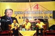 Ketua DPR Berjanji Perjuangkan Nasib Guru Honorer