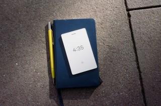 Light Phone 2, Ponsel Minimalis yang Punya Fungsi Penting